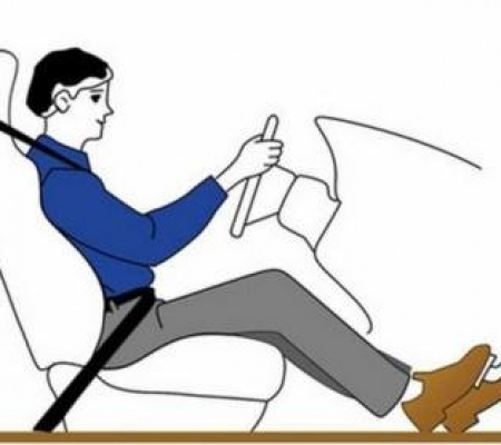 Tư thế ngồi lái chuẩn cho tài xế mới để không bị mỏi lưng